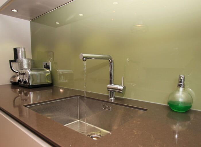 Laminate Worktop Splashbacks
